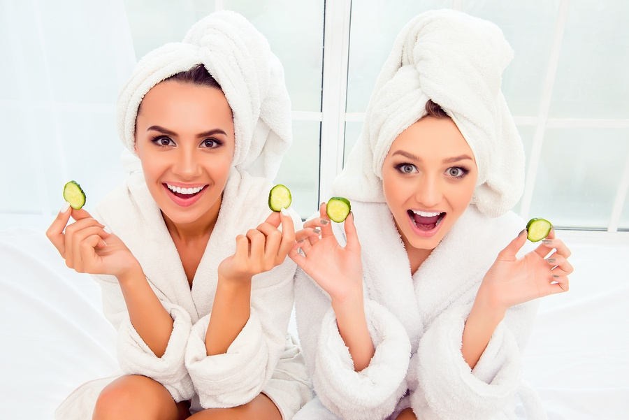 bigstock-Cheerful-Smiling-Woman-In-Bath-129213179.jpg